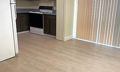 Kitchen, 2290 Long Ave, 0