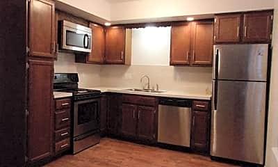 Kitchen, Autumn Ridge Townhomes and Apartments, 0