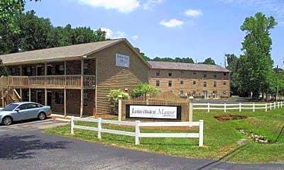 Jamestown Manor, 0