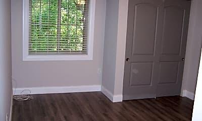 Bedroom, 449 W Jefferson Ave, 2