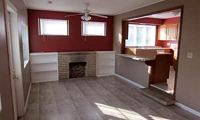 Living Room, 1106 Vail Cir, 1