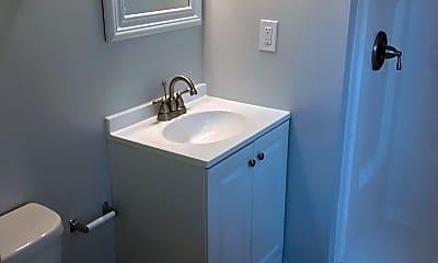 Bathroom, 9424 Windpine Rd, 2