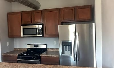 Kitchen, 1021 E Carson St, 0