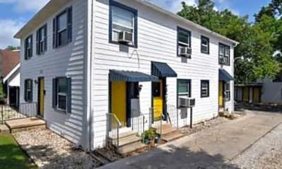 Building, 137 E Norwood Ct 8, 0
