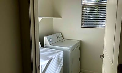 Bathroom, 554 N Sand Crane Cir, 2