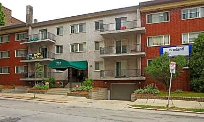 Building, Pere Marquette Apartments, 1