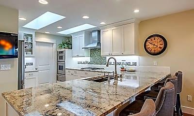 Kitchen, 1324 TX_26, 1