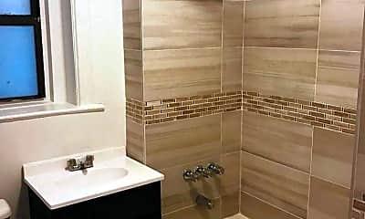 Bathroom, Harrison House, 2