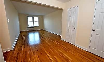 Bedroom, 48-30 40th St 7J, 1