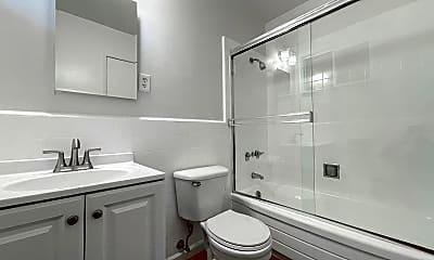 Bathroom, 2920 Taraval St, 2