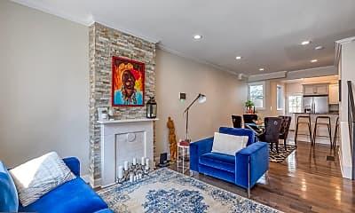 Living Room, 2017 Pierce St, 0