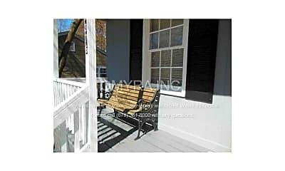 Patio / Deck, 1376 Woodland Hills Dr NE, 2