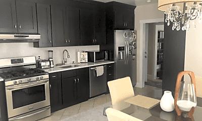 Kitchen, 111 Claremont Ave, 0