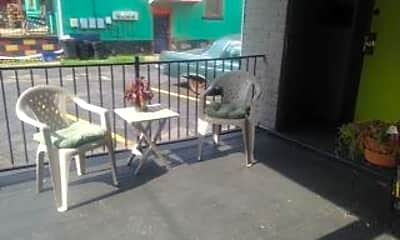 Patio / Deck, 519 Mifflin Ave, 2