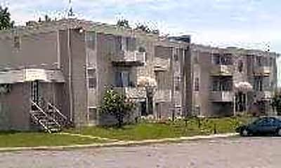 Daisy and Walnut Apartments, 1