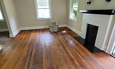 Living Room, 1109 Carter St, 1