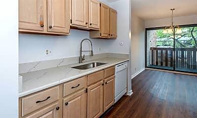 Kitchen, 2124 Pauline Blvd, 2