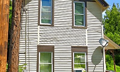 Building, 2 Boston St, 0