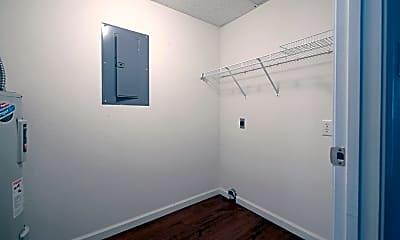 Bedroom, 1550 N Washington St, 2