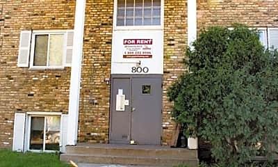 800 University Ave SE, 0