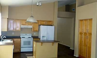 Kitchen, 10752 W Bermuda Dr, 1