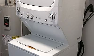Kitchen, 502 Gerhard St, 2