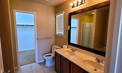 Bathroom, 1239 Foxglove Lane, 2