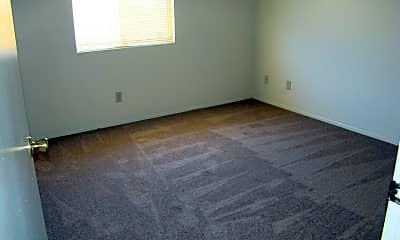 Living Room, 15682 Bear Valley Rd, 2