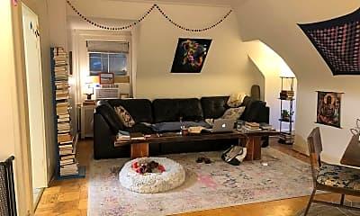 Living Room, 720 Gladstone Ave, 0
