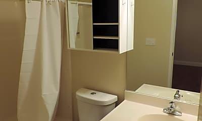 Bathroom, 400 Laurel St, 2