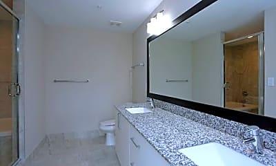 Bathroom, 500 E Ocean Ave, 1
