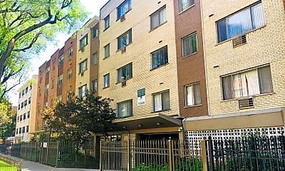 Building, 5958 N KENMORE AVE, 2