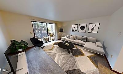 Living Room, 7101 Roosevelt Way NE #103, 1