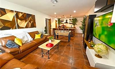 Living Room, 1740 NE 49th St 1121, 1