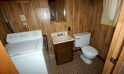 Bathroom, 1470 Laura St, 2