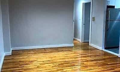 Living Room, 1115 Willmohr St, 1