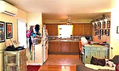 Kitchen, 206 Linden Ln, 1