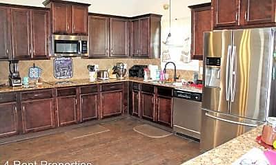 Kitchen, 1009 Silo Dr, 1