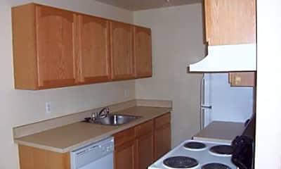 River Park Apartments, 0