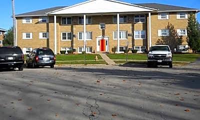 Building, Laramie Lane Apartments, 0