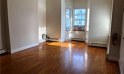 Living Room, 12 N Clover St 1, 1