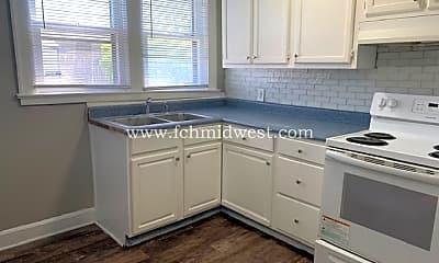 Kitchen, 2865 N Talbott St, 1
