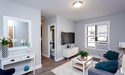 Living Room, 427 W Belden Ave, 1