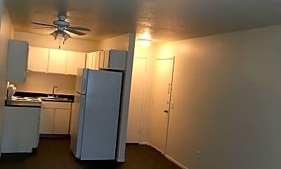 Kitchen, 475 E 600 S, 1