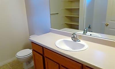 Bathroom, 165 W Southwell Street, 2