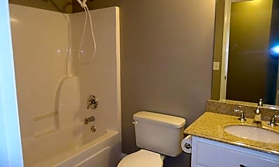 Bathroom, 5018 Briarwood Ct, 2
