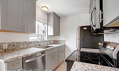 Kitchen, 117 Strand St, 1