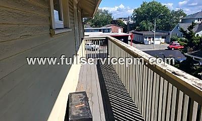 Patio / Deck, 3302 Rucker Ave, 1