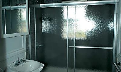 Bathroom, 2058 Curtis St, 2