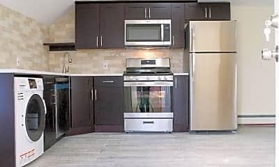 Kitchen, 89 Walnut St 3, 1